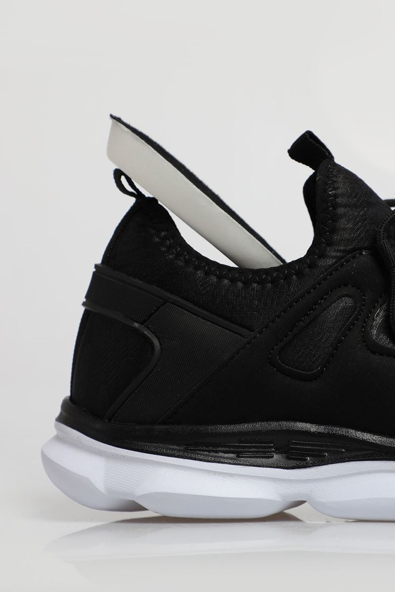 Picture of 1636 Forza Black White Faylon Sole Men's Sport Shoes