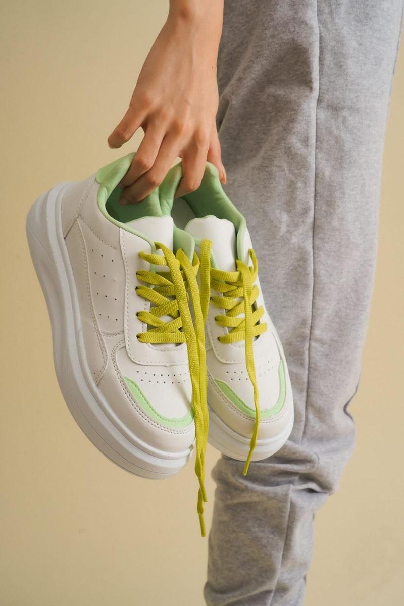 Pilla Yeşil Beyaz Kadın Ayakkabı resmi