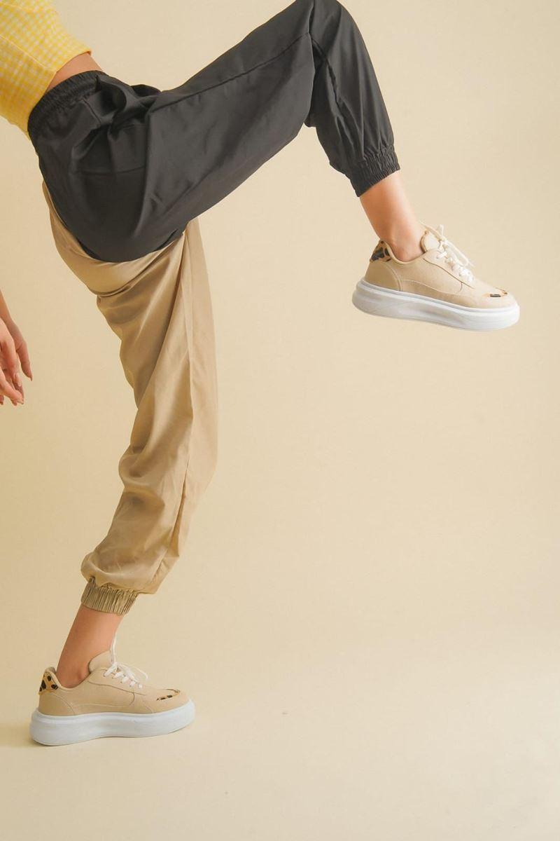 Pilla Beyaz Gri Kadın Ayakkabı resmi