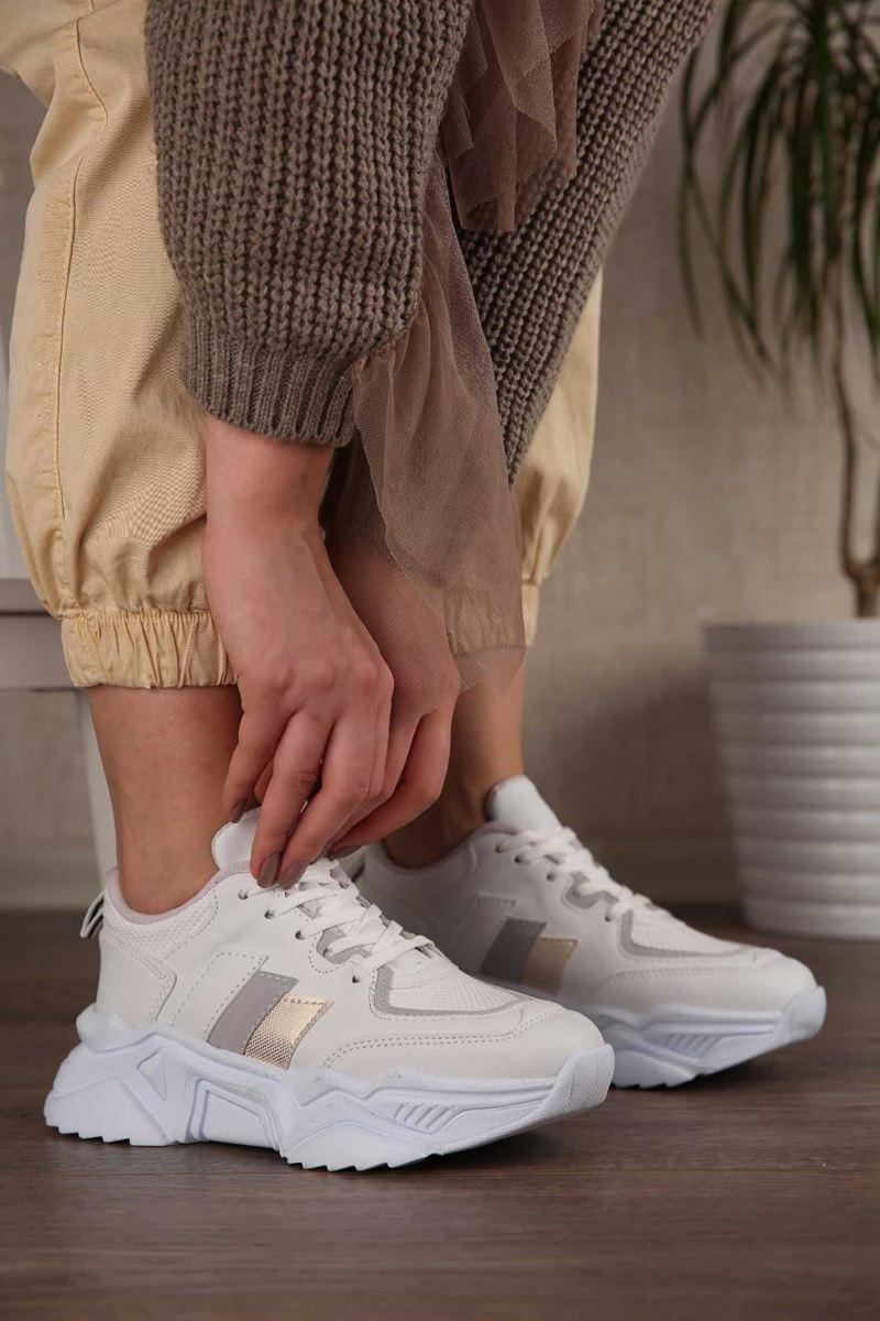 Pilla Krem Rengi Şeritli Kadın Ayakkabı resmi